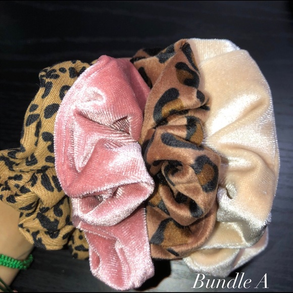 Cheetah Scrunchie pack